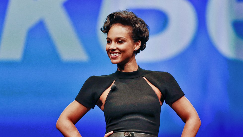 3021005-poster-p-1-should-blackberry-lay-off-creative-director-alicia-keys